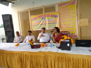 Dr. Neena Jha is sharing the Digital services &  knowledge with Sachendi Panchayat people